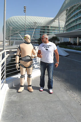 DUMMY on Tour | Yas Marina Circuit