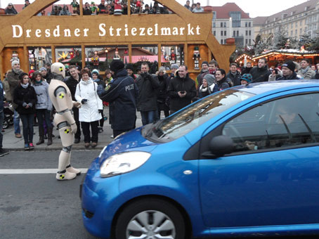 DUMMY on Tour - Dresdner Striezelmarkt