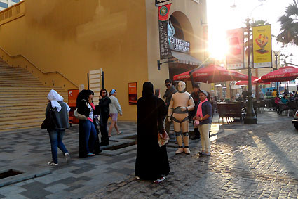 DUMMY on Tour | Shopping Festival Dubai Marina