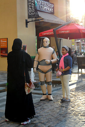 DUMMY on Tour | Shopping Festival Dubai Marina